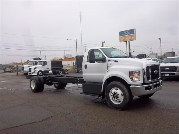 New FORD F650