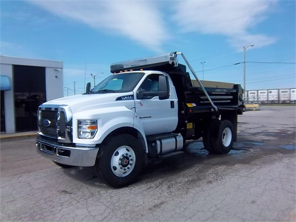 New 2017 FORD F650 XL  4x2