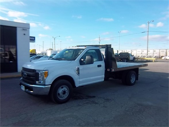 New 2017 FORD F350 XL SD  4x2