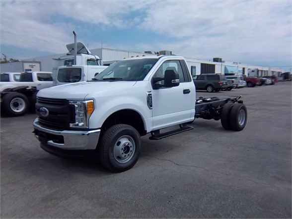 New 2017 FORD F350 XL SD  4x4