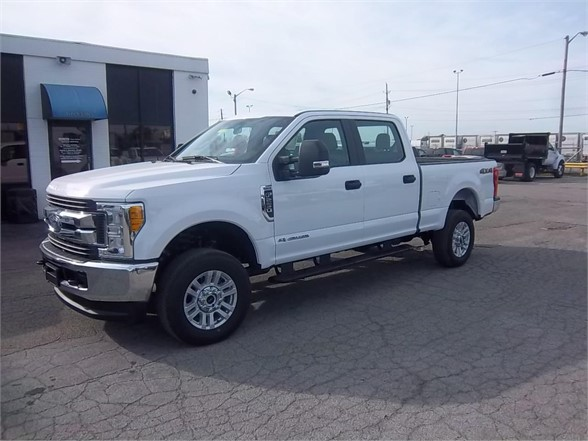 New 2017 FORD F250