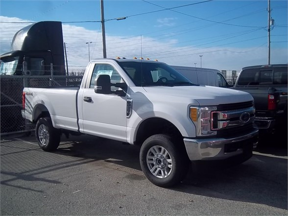 New 2017 FORD F250 XLT SD